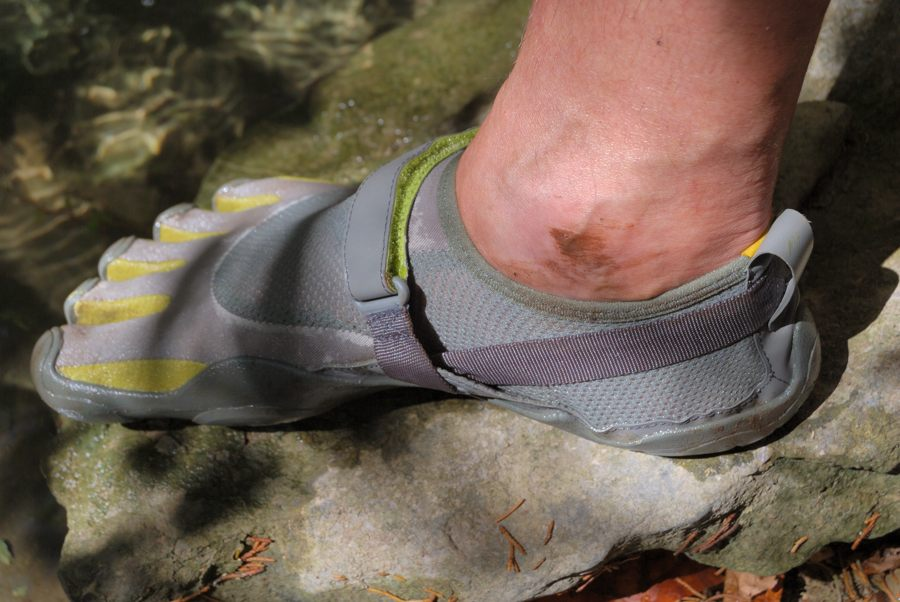 vibram five fingers thru hike